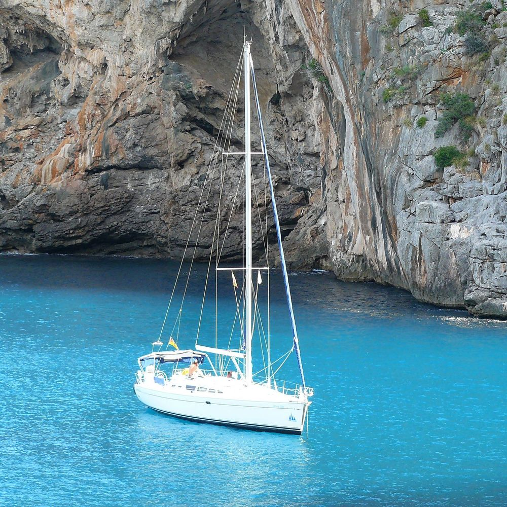 Concierge Dubrovnik villa services yacht rental