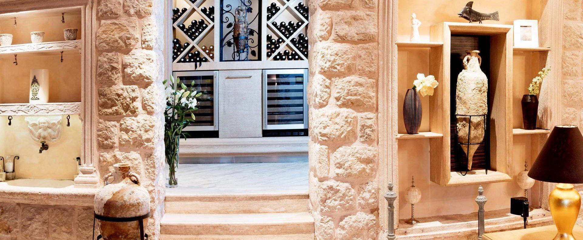 Wine tasting in wine cellars Dubrovnik villa