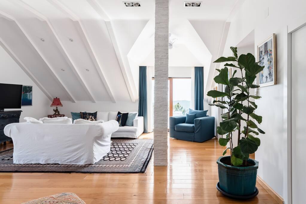 villa Dubrovnik attic