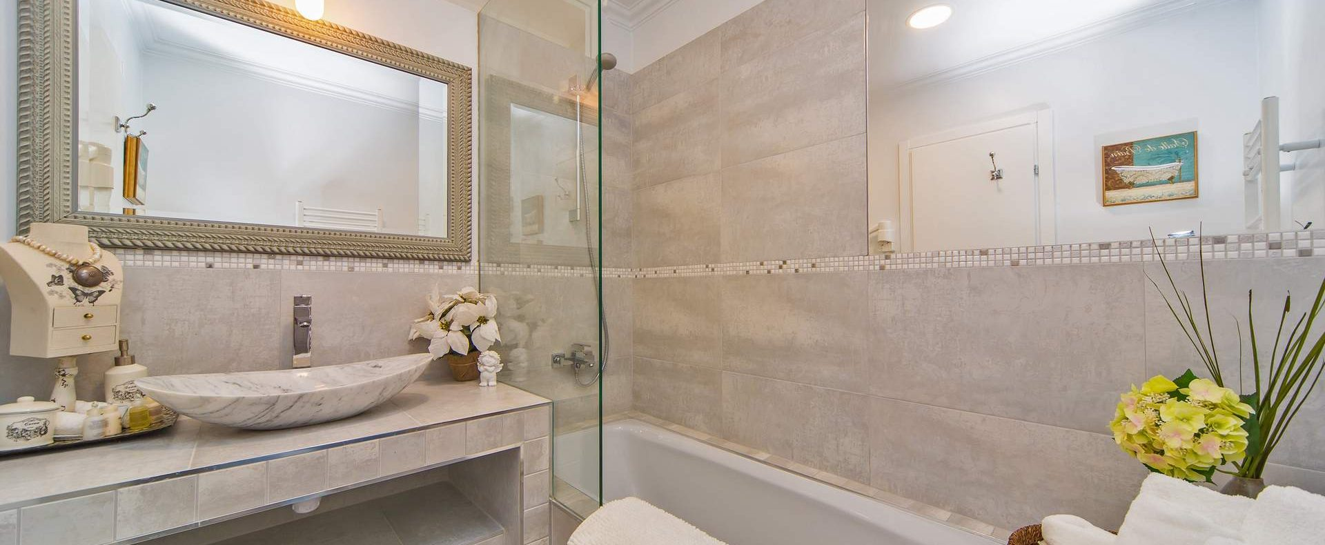 Dubrovnik villa bathroom