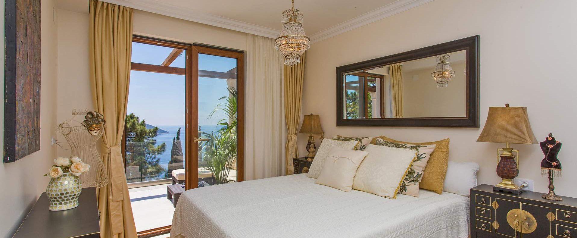 Dubrovnik luxury villa bedroom